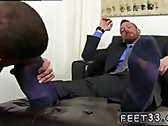 Sexy men feet naked and gay naked men toes Ricky is guided and