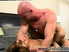 Guys putting butt plugs in gay porn and twinks with small di