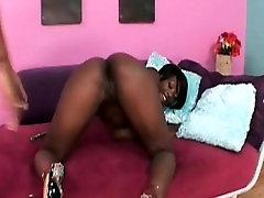 Ebony lesbo sluts fucking cunts with strapon