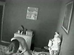 隠れたカムです。 マmasturbatingにベッド