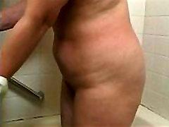 lives.pornlea.com Asian mature bathes young guy