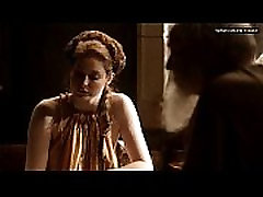 Esm&eacute Bianco - Showing her big boobs &amp bare butt to old guy - Game Of Thrones s01e10