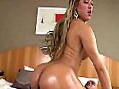 Hot Tranny Yume Farias Gets Fucked Hard