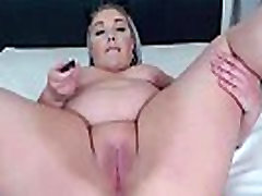 Blonde BBW Roxxie with huge fat ass