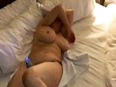 Anya kerül maszturbál
