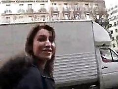 julia 19 ans sexy se fais prendre par inconnue francais