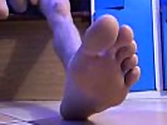 SNEAKERS AND JERKS HIS COCK