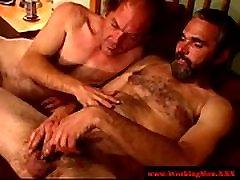 Straight dilf matures masturbating