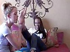 Bikini babes Bella and Rachel sucking toes