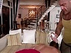 desi aunty hard fucked by black man- www.apkibhabhi.com