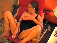 Drilling my mature cunt with toys