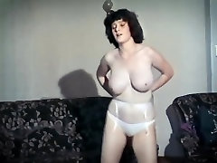 TEENAGE KICKS - vintage 80&039;s big tits dance strip