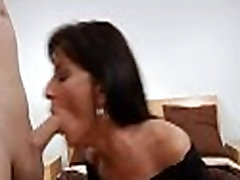 Fascinating mom in a thrilling act
