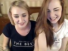 Girl helping girlfriend to squirt on SexoWebcam.Online