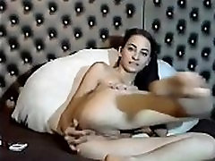 Camgirl Pussy Rubbing And Anal Masturbation-www.sexxycamz.com