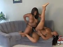 BBW Babes Angel And Skyy Strapon Fucking