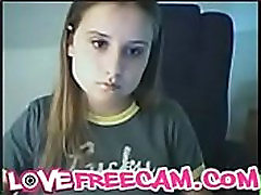 Sexy Teen Girl Shows Her Tits - more girls in www.lovefreecam.com