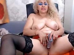 Erotic mature webcam