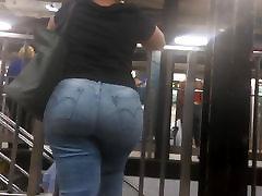 Bbw Latina Milf Ass in Jeans