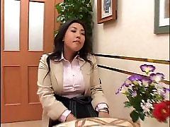 Japanese Women Massage Hidden camera 3 of 4