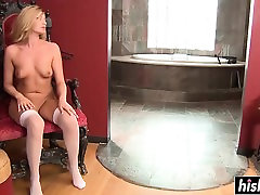 Blonde babe in stockings receives anal