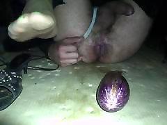 crossdresser green toenails with a big dido inside