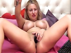 Sexy Blonde Babe With Big Tits Masturbates Pussy on Cam