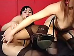 Be hard and see lesbo sex