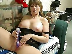 Mature Webcam 02