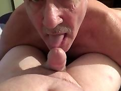 Michael goves me a very nice creamy cumload