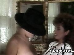 Keisha and Samantha Strong - Vintage Lesbians Bathroom Sex