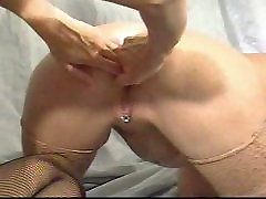 Two mature Anal Fisting