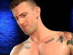 Gaysex muscle pornstar fucking ass