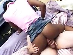 Ebony teen amateur