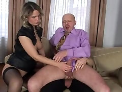 Threesome mmf fucking hardcore in a group orgy with anal
