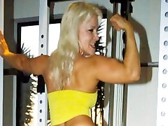 Picture Video FBB Blonde Muscle BodyBuilder Fucks Some Lucky Guy in the Gym