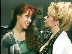 Gorgeous Retro Lesbians