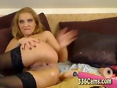 Sexy Girl Fucks Her Ass With Dildo And Squirt On Webcam