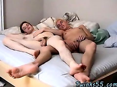 Twink sex Two Twinky Foot Loving Friends