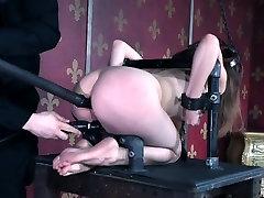 Young sub slut gets hardcore punishment