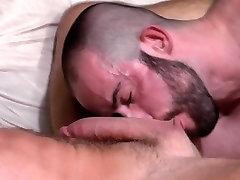 Muscly bear creams hunk