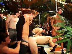 Hot gay men sex gangsta party is in utter gear now
