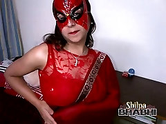 sexy hot shilpa bhabhi indian amateur in red sari stripping