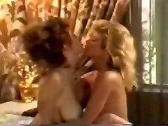 Retro lesbian scene